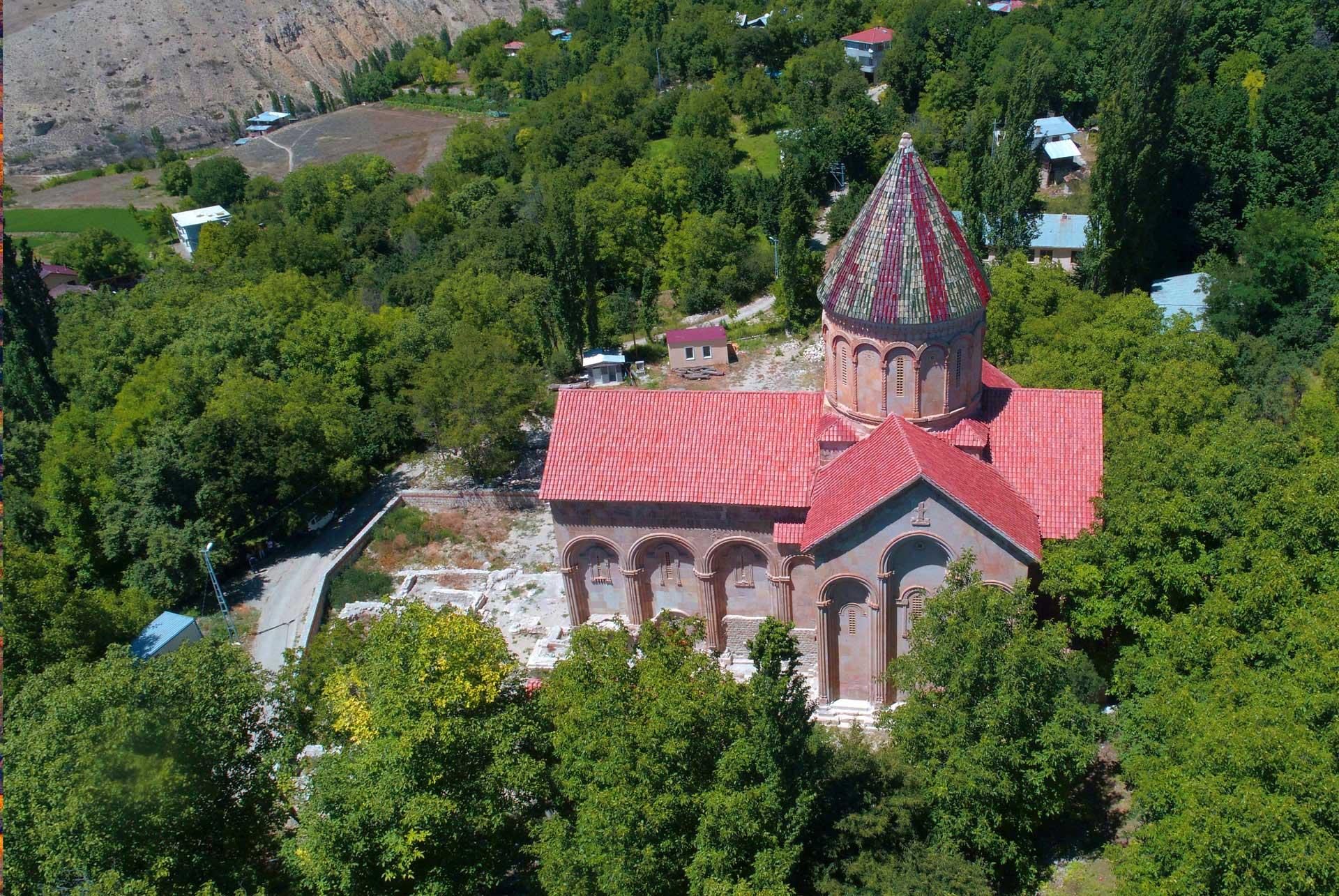 Artvin İşhan Kilisesi